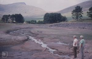 Syd Johnson (L) and Jack Evans (R). Head of Upper Neuadd Reservoir. 1976 July drought